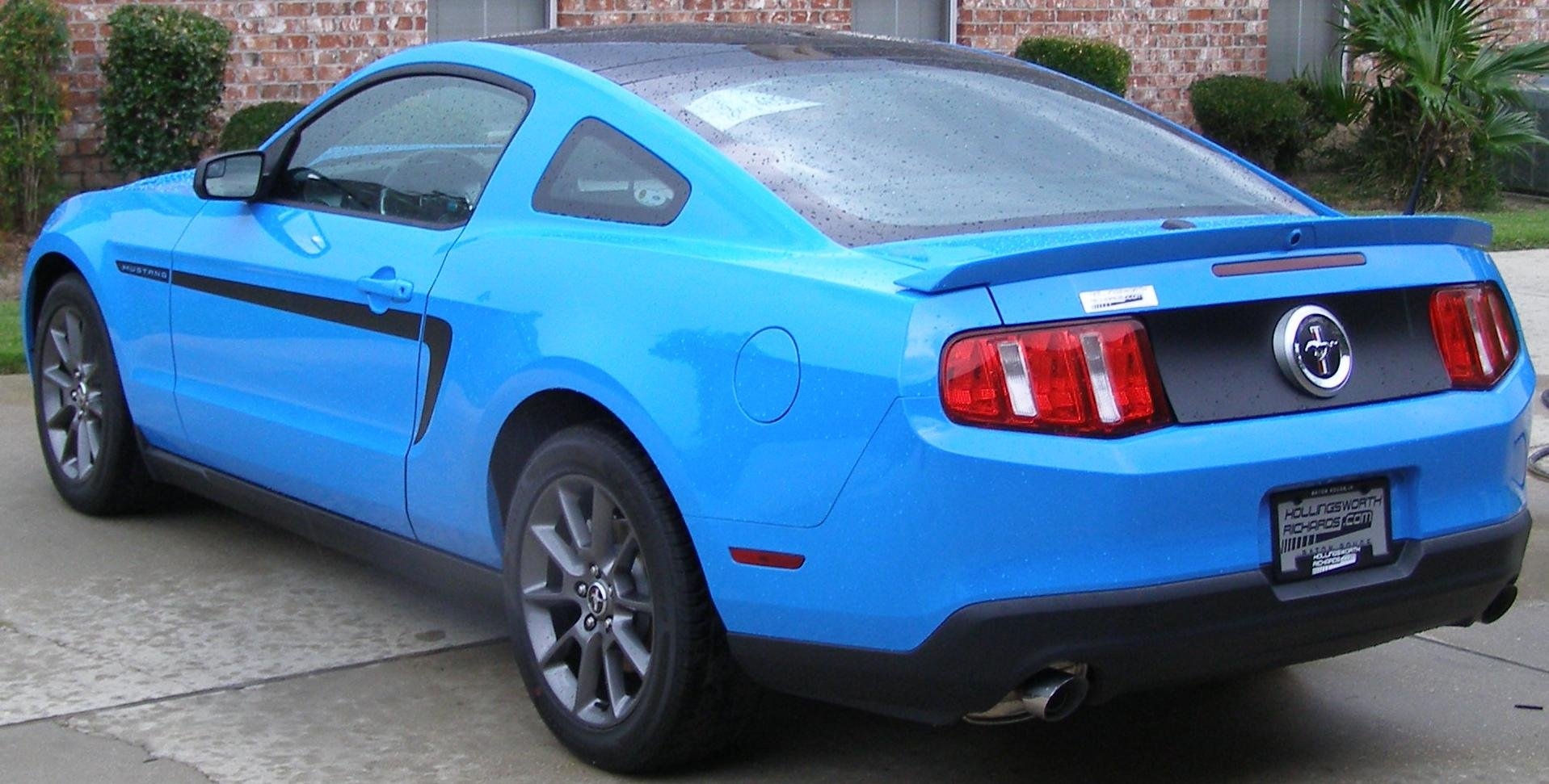 Kona Blue Mustang >> 2011 grabber blue v6 MCA with glass roof - pic - Ford ...