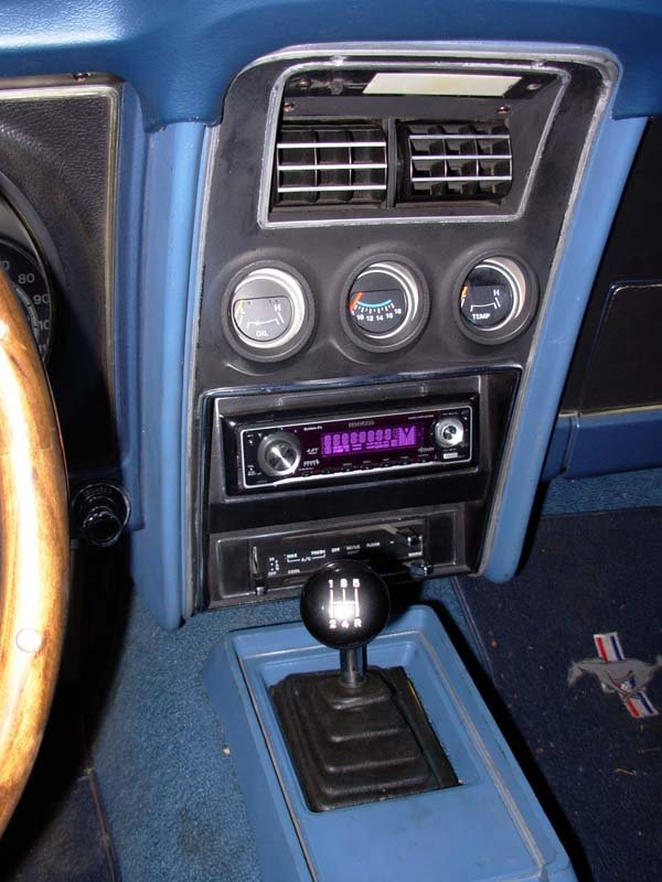 help with tach and 3 gauges above radio 1971 mustang mach 1 ford rh allfordmustangs com