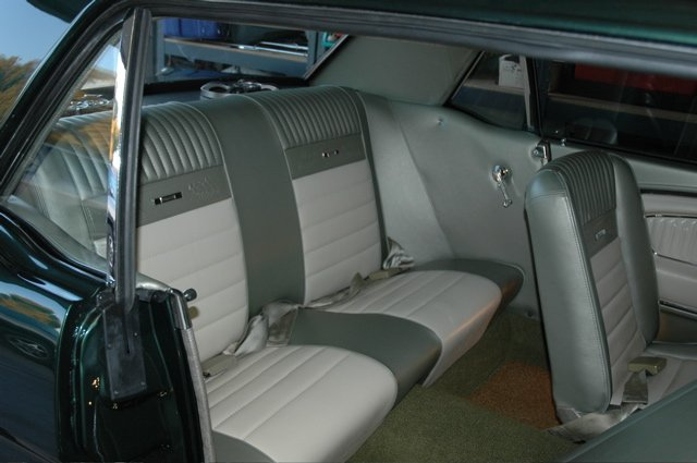 24 Inch Bench Seat