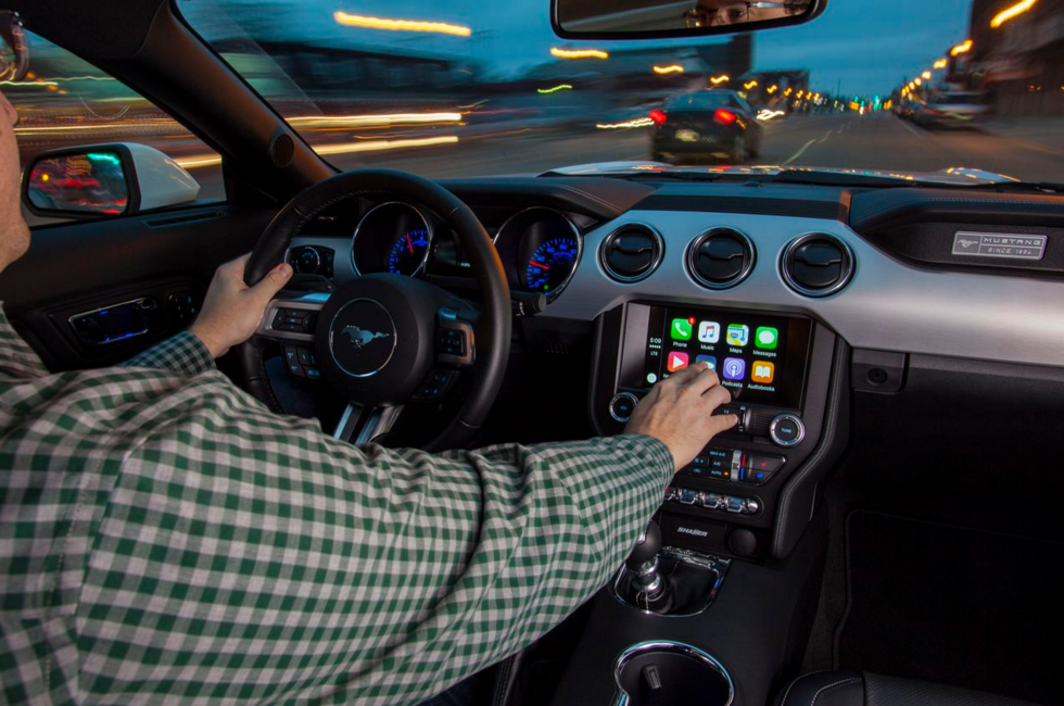 Mustang Carplay Android Auto