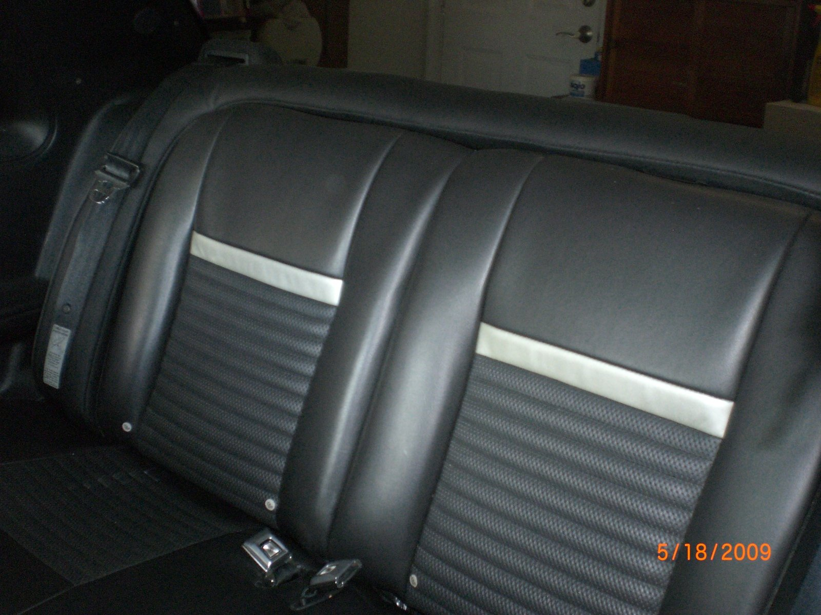 D How Install Late Model Rear Seat Into Fox Body Coupe Mustang Resto