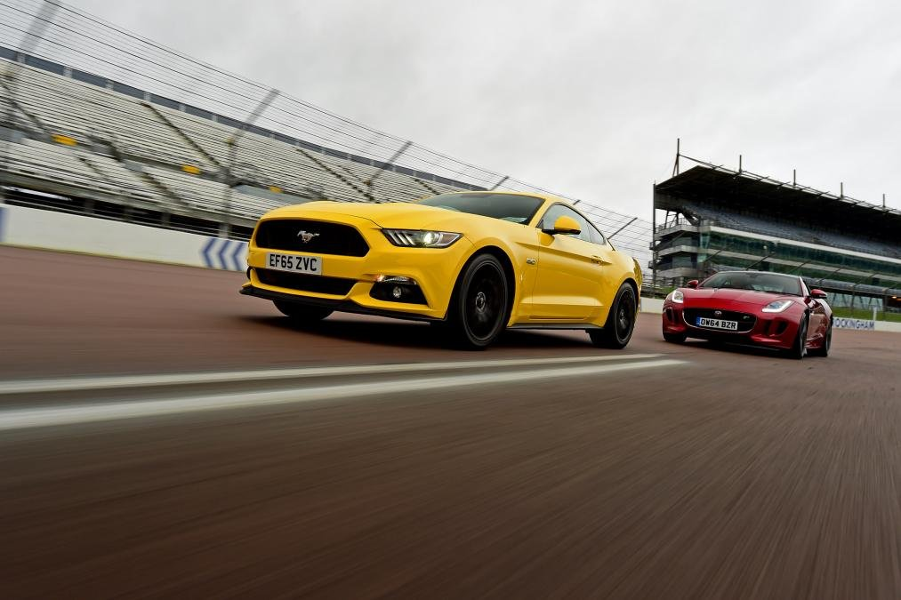 mustang-twin-action-142