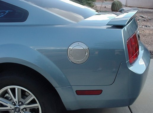 fuel door mustang billet 2005