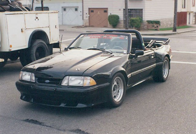 Convertible With A Roll Cage Bar Ford Mustang Forum