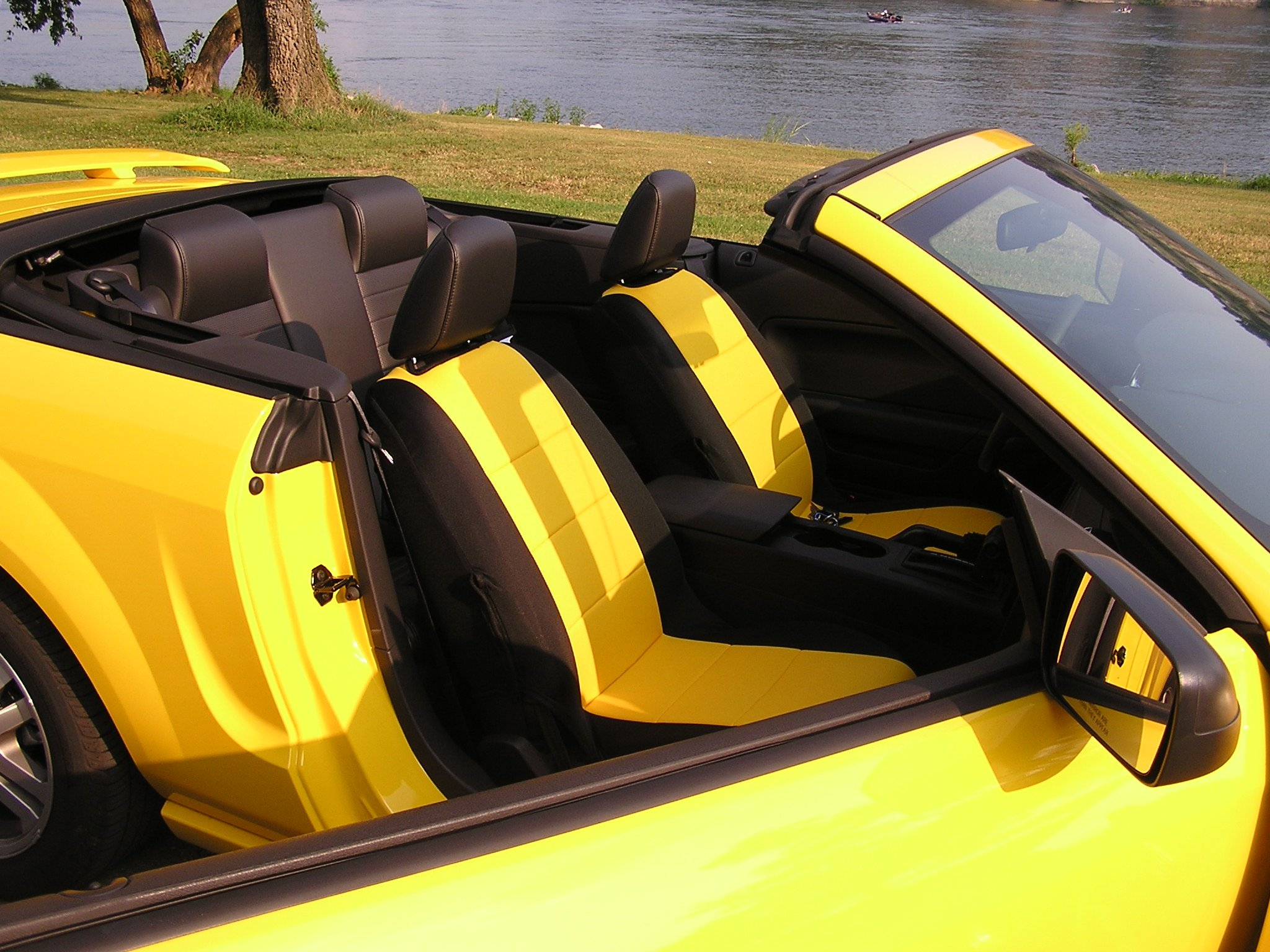 seatcovers that match screaming yellow ford mustang forum