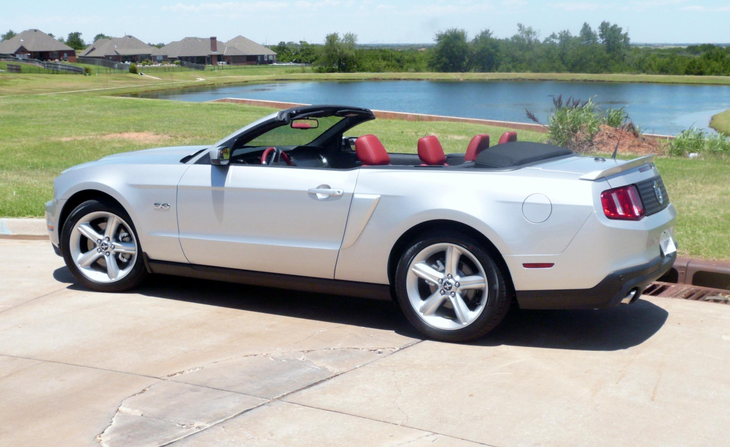 2012 gt premium convertible arrived ford mustang forum. Black Bedroom Furniture Sets. Home Design Ideas