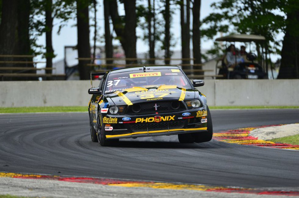 World Challenge Mustangs at Road America