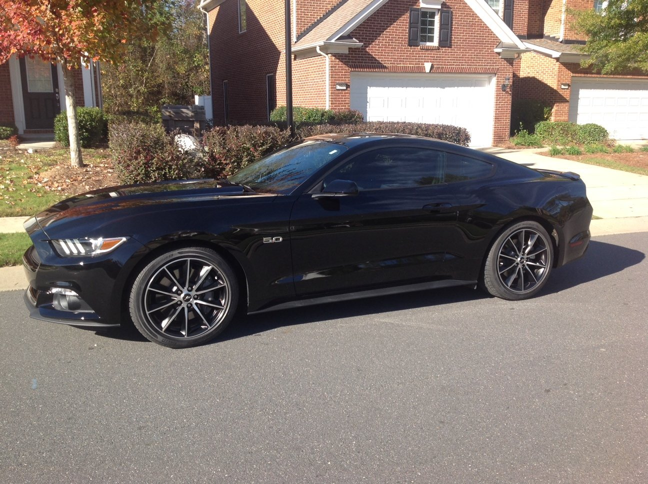 newbie questions 2016 mustang gt base automatic. Black Bedroom Furniture Sets. Home Design Ideas