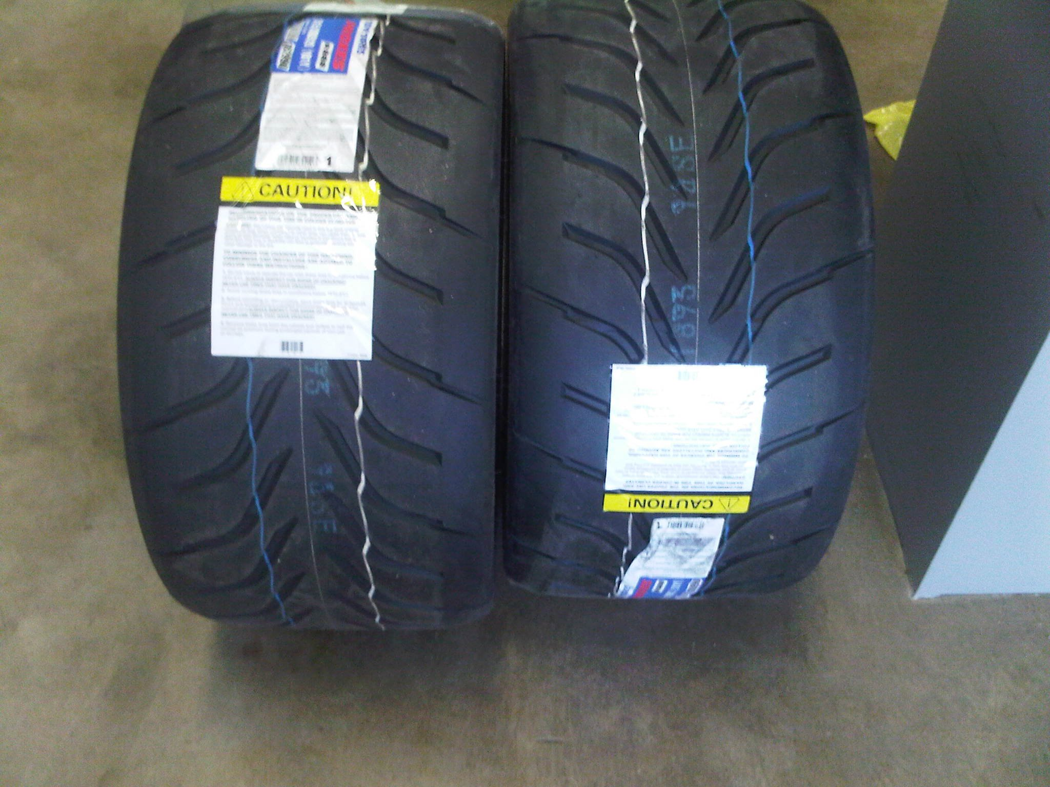 Toyo Proxes R888 >> Anyone running 295/(30 or 35)/20 on 20x10 wheels with 40mm ...