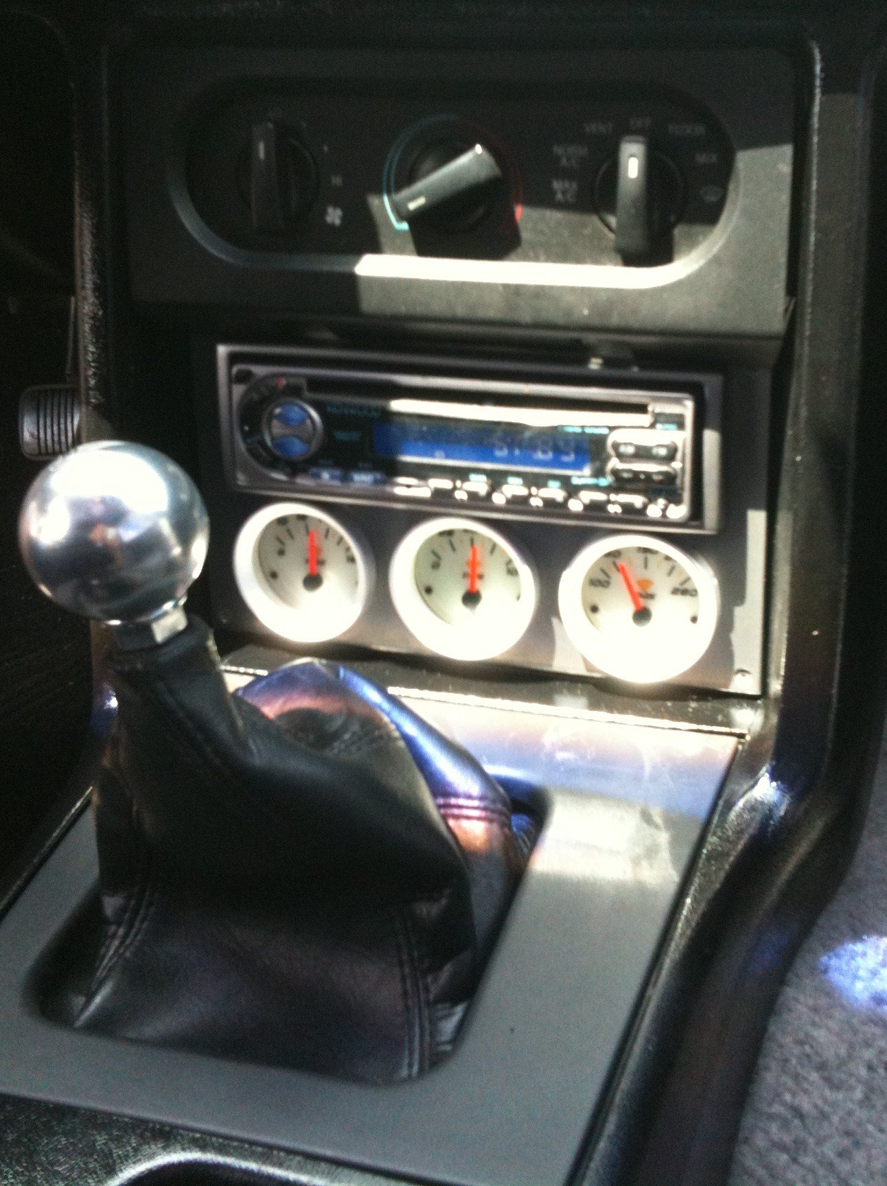 Wiring Aftermarket Gauges In Series