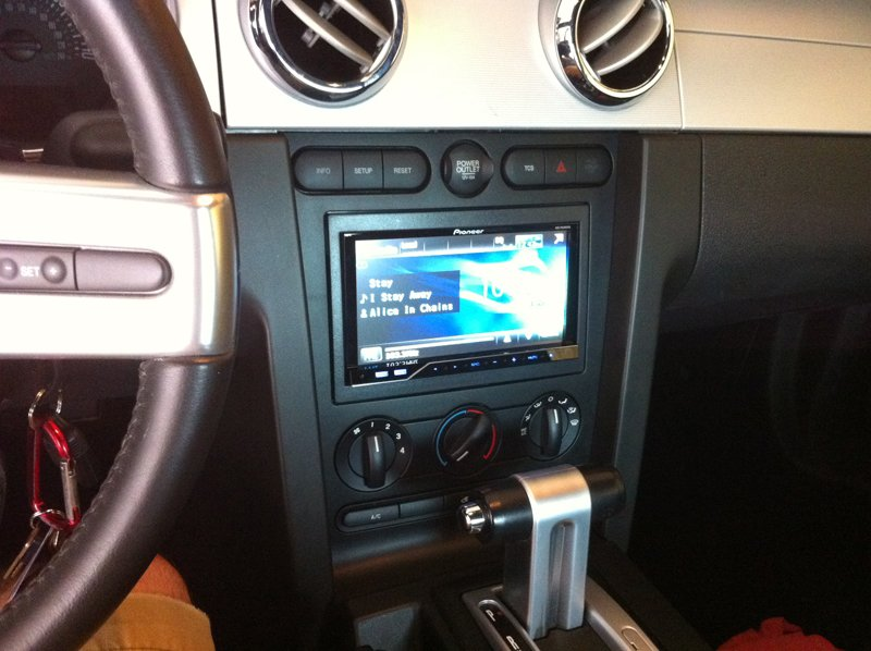 Pics Of My Double Din Install 2006 Mustang Ford Forumrhallfordmustangs: 2007 Ford Mustang Stock Radio At Gmaili.net