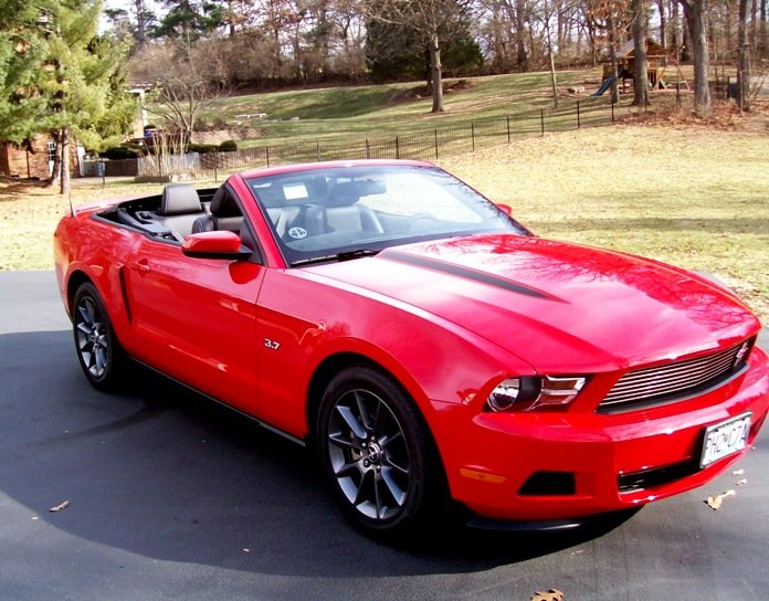 2012 mustang v6 convertible. 2012 MCA tape stripe