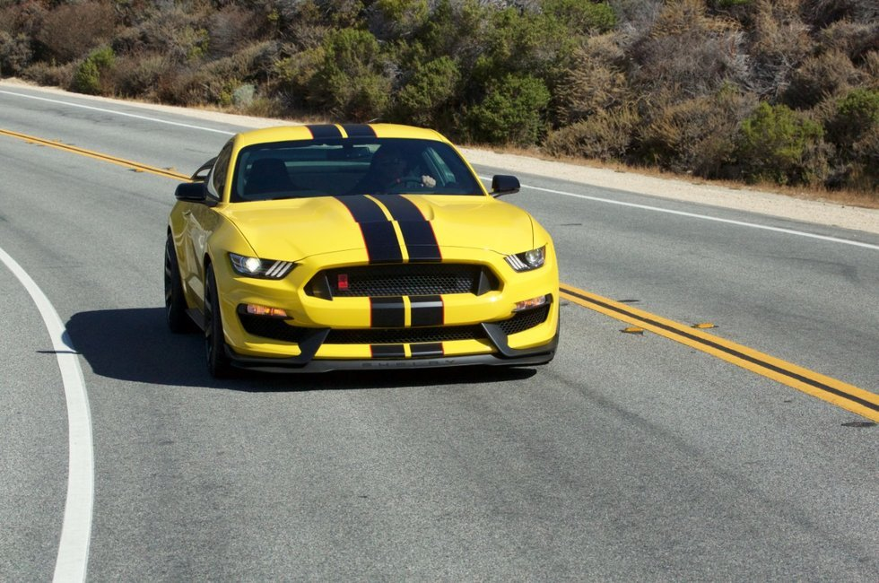 Autoguide Readers Name Shelby GT350 Car of the Year