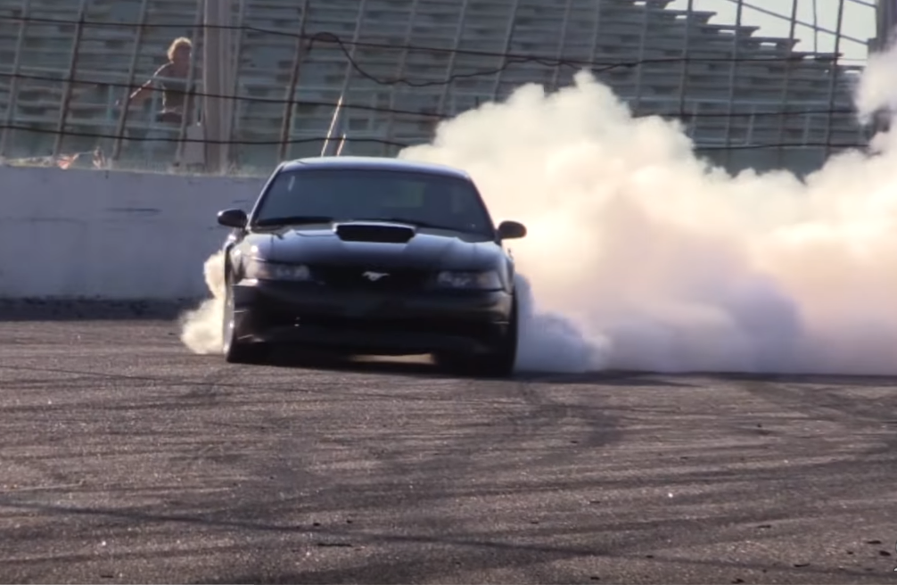 Watch the 2016 Mustang Week Burnout Competition in All its Glory