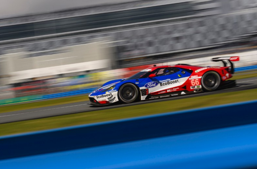 Ford GT Comes Second After 12 Hours at Sebring