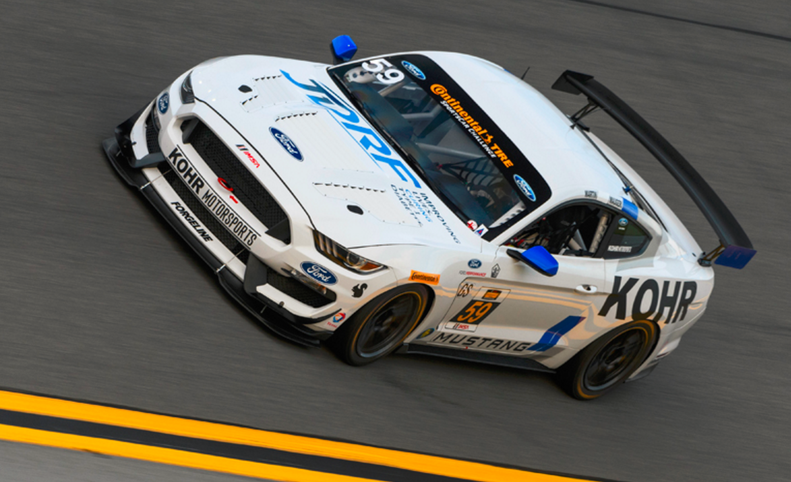 New Mustang GT4 Takes Pole at Daytona