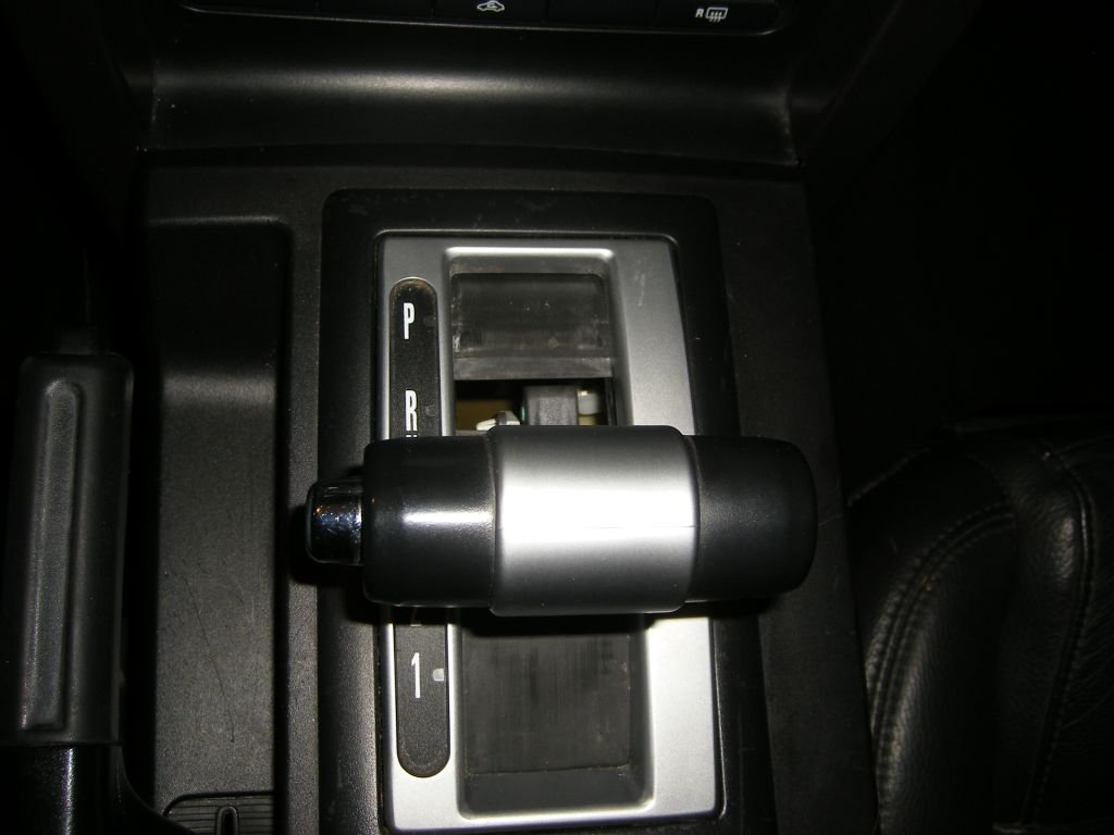 2005 Mustang GT - Bound up automatic shifter - help!-shifter1.jpg