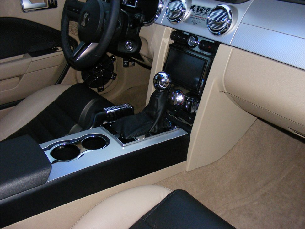 2005 Mustang GT-Automatic Shifter Cover-shifter3.jpg