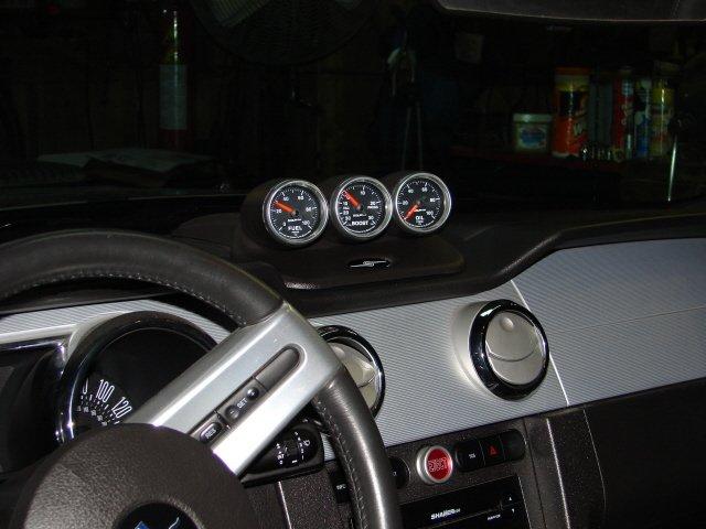 Sound of speed gauge pod & Autometer gauges - Ford Mustang ...