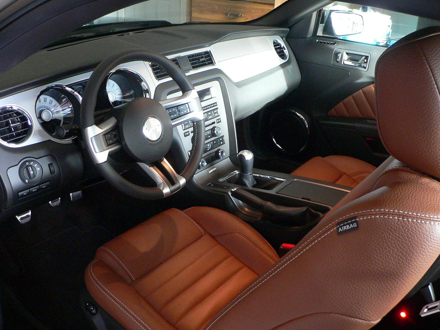 Interior exterior detailing questions for 2010 2011 - Interior and exterior car detailing ...