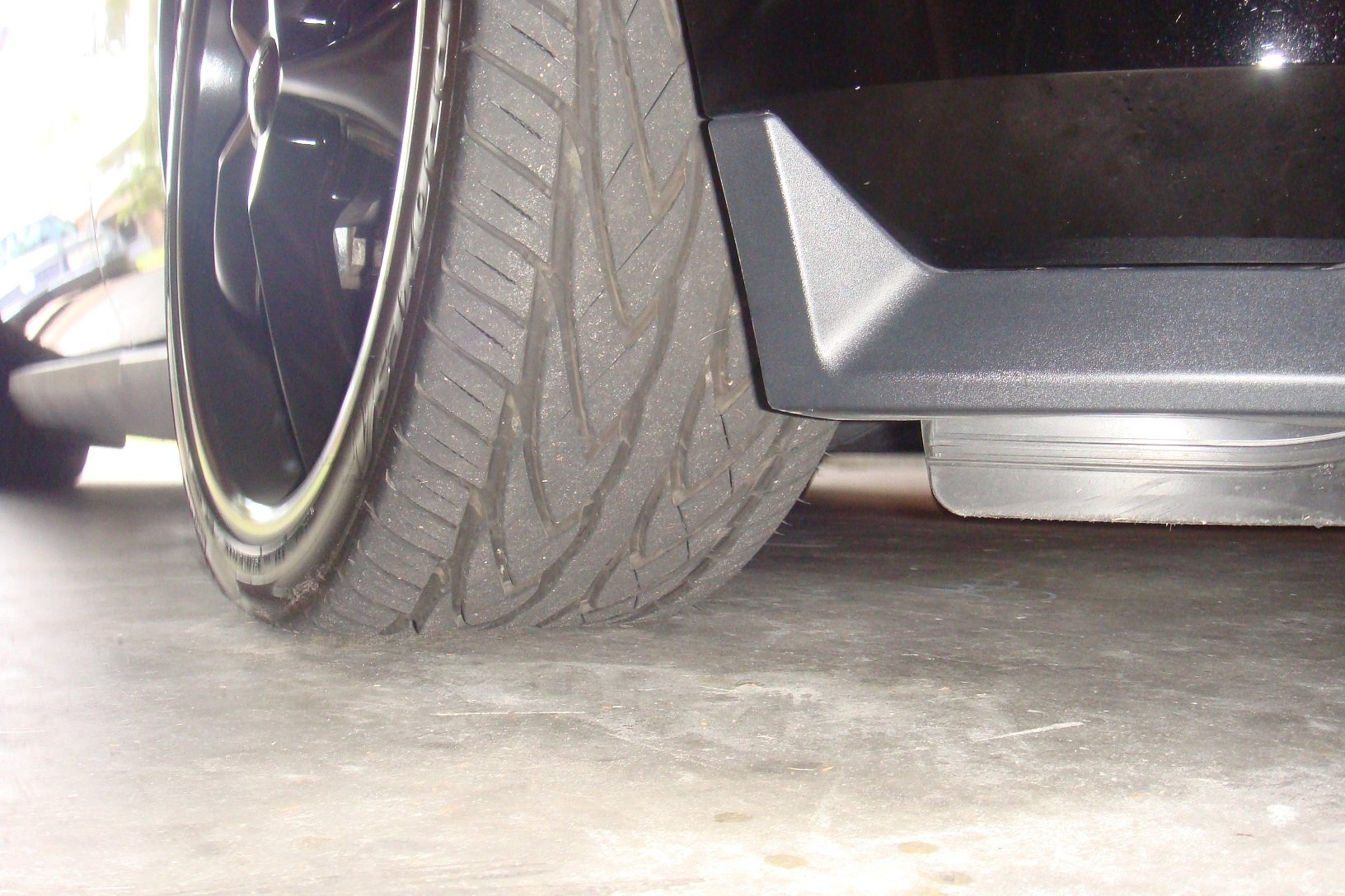 Buying 20'' rims... best tire / size? - Ford Mustang Forum