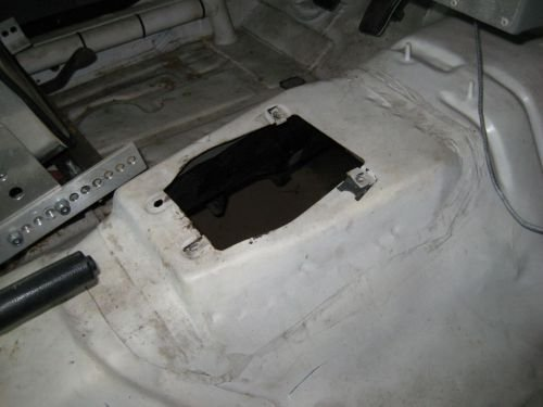 AOD to T5 swap procedure-typical-manual-shifter-hole.jpg
