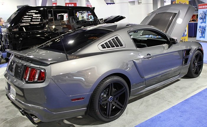 anyone have photos of 275 35 20 on mustang ford mustang. Black Bedroom Furniture Sets. Home Design Ideas