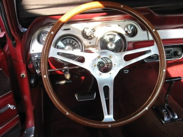 Steering wheel hub for 1967 Mustang-woodsteeringwheel.jpg