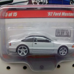 Oxford White Mustang 5.0 Hot Wheels