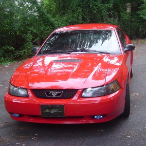 2002 Mustang Coupe - front view
