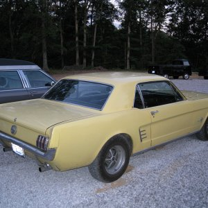 1966 Mustang 289 4 Barrel 650 CFM Carb
