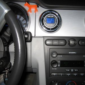 AeroForce Interceptor in Roush Vent Gauge Pod with no flash